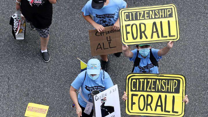 Inmigrantes protestan por ciudadanía para los indocumentados