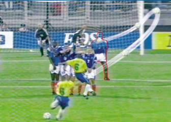 Roberto Carlos' physics-defying, curveball is 21 today