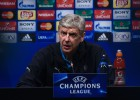 Messi 'transforms normal life into art' - Wenger