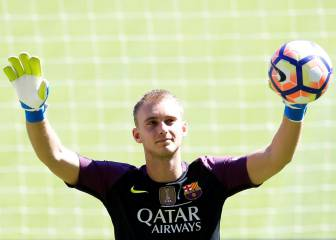 Jasper Cillessen targets number one spot at Barça