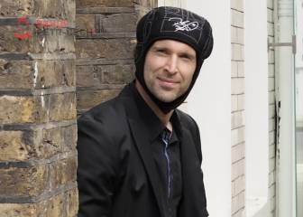 Petr Cech: when not making saves he's making sales