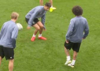 Marcelo nutmegs Zidane Jr in Real Madrid training
