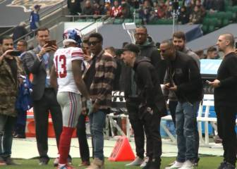 Bayern players rub shoulders with NFL star Odell Beckham Jr