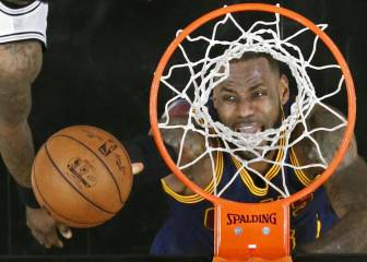 LeBron James overtakes Shaq on all-time points list