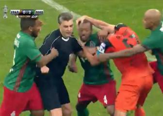 Four red cards and a punch-up as Lokomotiv win Russian Cup