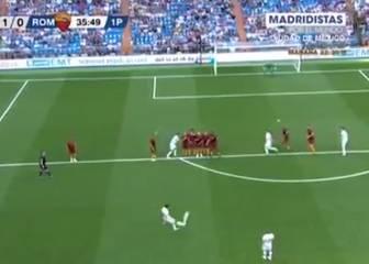 Figo scores fabulous free-kick in Real Madrid Legends match