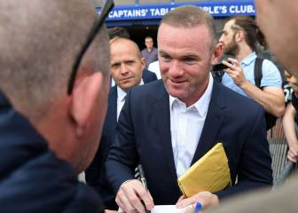 Rooney and Lukaku are not comparable - Mourinho