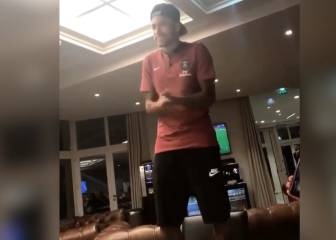 Making a song and dance out of it: Neymar's PSG initiation
