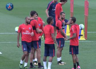 Neymar takes part in first PSG training