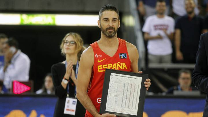Juan Carlos Navarro sets new appearances record for Spain