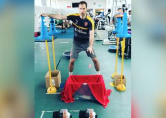 Cech out Petr's unusual training drill