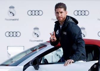 Real Madrid's players receive their Audi club cars