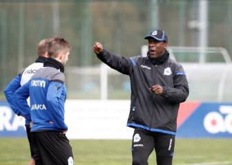 Seedorf puts Depor through their paces on his first day