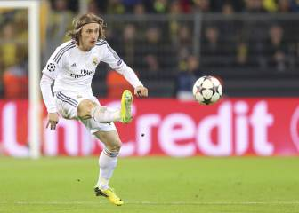 Luka Modric: The king of the outside-of-the-boot pass