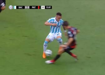 Lautaro Martínez with a nutmeg so fast you'll have to watch twice