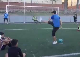 Penalty taker wows onlookers with freestyle spot-kick