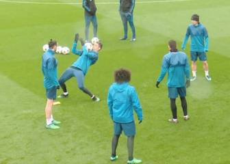 Cristiano Ronaldo with a skills show at Valdebebas training