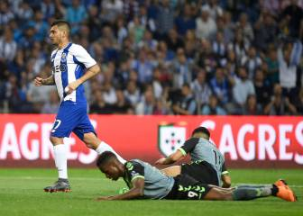 ¡Disparo imparable! El golazo del 'Tecatito' con el Porto