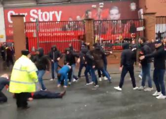 Fights break out between Liverpool and Roma fans at Anfield