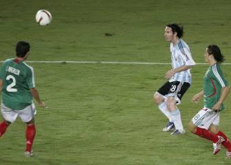 Los 5 mejores goles de Messi con Argentina  Uno a Colombia cad0243d8b699