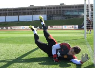 Spain keepers Kepa and De Gea put through the grinder