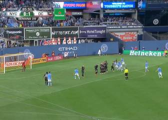 David Villa punishes Rooney's DC United with late leveller